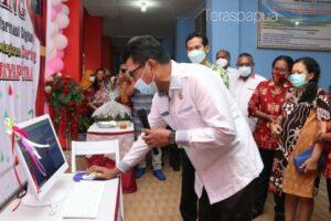 Fachruddin Pasolo Launching Aplikasi SIDIA SMPN 1 Kota Jayapura