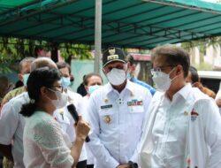 Menteri Kesehatan Pantau Vaksinasi di Kelurahan Vim, Kadinkes Kota Langsung Diskusikan Kekurangan Stok Vaksin