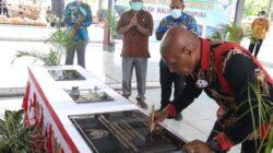 Wali Kota Jayapura Resmikan UPTD Pasar Youtefa dan Dua Koperasi