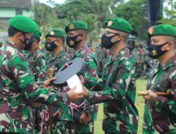 Pangdam XVIII/Kasuari Serahkan 134 Unit Kendaraan Dinas dari Kasad TNI