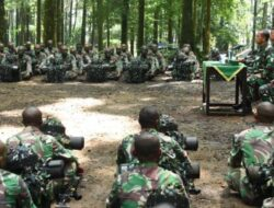 Sambangi Siswa Dikjurbaif Otsus Papua Barat, Pangdam XVIII/Kasuari Ingatkan Jaga NKRI