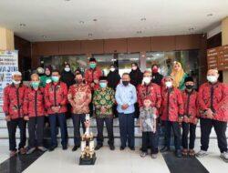 Terima Pemenang Terbaik STQ Kafilah Kota Jayapura, Rustan Saru Memotivasi Untuk Lanjut ke Tingkat Nasional