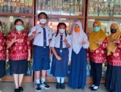 Tiga Siswa SMP Negeri 1 Jayapura Menjuarai dua Lomba di Tingkat Nasional