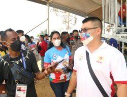 Hadir di PON XX Papua, Mantan Tinju Dunia Chris John Memotivasi Atlet