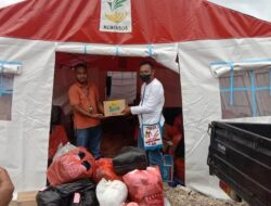 Komunitas Grup Facebook LKKJ Bantu Korban Kebakaran Pasar Youtefa